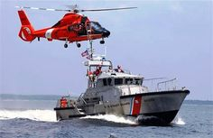 Patrol boat with helo Coast Guard Boats, Coast Guard Ships, Us Navy, Royal Navy, Puerto Rico, Coast Guard Officer, Coast Gaurd, Navy Seal Trident, Air Force