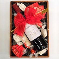 1 x Rhino Tears Dry Red Wine, 2 x Raffaello, 4 x Nougat Bon Bons, 2 x Lindt Lindor Dark Chocolate Lindor Milk Chocolate Truffles Lindt Lindor, Dark Chocolate Truffles, Dry Red Wine, Hampers, Christmas, Xmas, Navidad, Noel, Natal