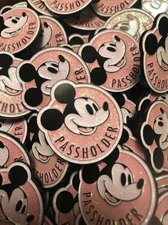Shimmery and Sparkly Disney Annual Passholder Pins Disney Home, Disney Fun, Disney Style, Walt Disney, Disney Vacations, Disney Trips, Disney Parks, Disney Decals, Best Mouse