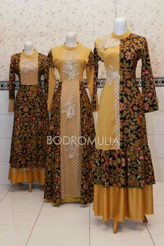 Batik Fashion, Abaya Fashion, Muslim Fashion, Fashion Dresses, Abaya Designs, Kurti Designs Party Wear, Blouse Designs, Batik Muslim, Dress Batik Kombinasi