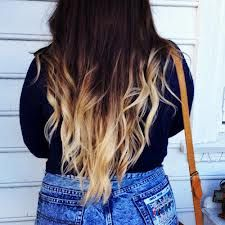 hier zie je dus ook dip dye van bruin naar blond op lang haar meeste doen altijd van bruin naar blond