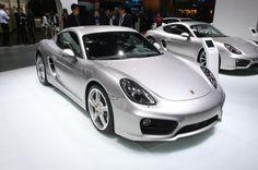 Porsche Cayman na cor Prata