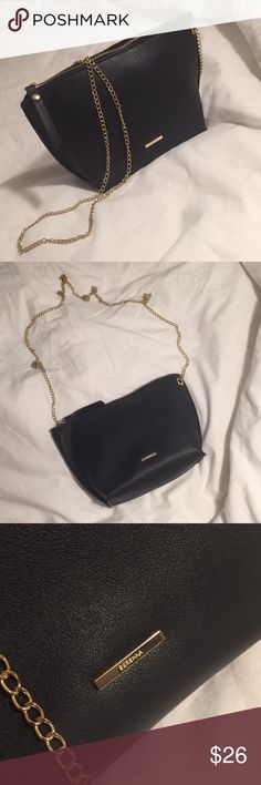 NWOT BERSHKA CROSS BODY BAG W/ CHAIN New without tags  Measurements: (L-upper) x (L-lower) x (H) x (W) 26x 17x 16x 9cm 10.2x6.7x6.3x3.5 inch Bershka Bags Crossbody Bags