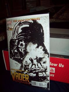 Vader Down #1 Color and Sketch Variant Comic Con Box Star Wars Connexions disc
