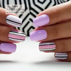 Nail art is a very popular trend these days and every woman you meet seems to have beautiful nails. It used to be that women would just go get a manicure or pedicure to get their nails trimmed and shaped with just a few coats of plain nail polish. Elegant Nail Designs, Short Nail Designs, Elegant Nails, Nail Polish Designs, Stylish Nails, Acrylic Nail Designs, Trendy Nails, Nail Art Designs, Fancy Nails