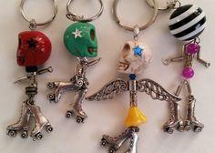 Roller derby Jammer pivot skull keychain by Hipstar on Etsy
