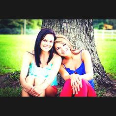 best friend pictures I want to do this pic with my Bestie