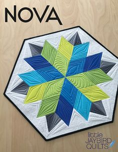 Jaybird Quilts Nova table topper pattern made with the Sidekick ruler. Machine pieced & no Y seams! #NovaTableTopper #SidekickRuler #JaybirdQuilts