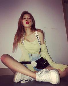 Triple H, Korean Beauty Girls, Asian Beauty, Hyuna Fashion, Rapper, Hyuna Kim, Bio Instagram, She's A Lady, Hey Girl