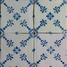 : : Welcome to SOLAR Antique Tiles : : Islamic Tiles, Tile Countertops, Antique Tiles, Portuguese Tiles, Blue Tiles, Bath Ideas, Tile Patterns, Solar, Blue And White