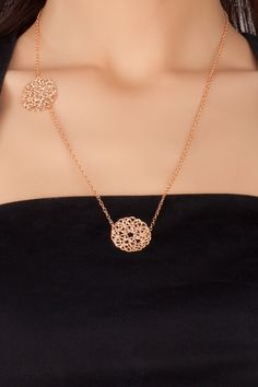 gold circle filigree pendant