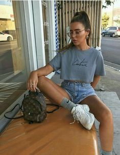 92 Streetwear Looks To Copy Now Cute Summer Outfits, Cute Casual Outfits, Short Outfits, Summer Fashion Outfits, Outfit Summer, Only Shorts, Trendy Swimwear, Outfit Trends, Teenager Outfits
