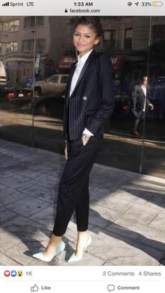 Zendaya Coleman in a Sandro pinstripe tuxedo jacket with a matching pair of wool trousers and Louboutin pumps. Zendaya Outfits, Zendaya Style, Zendaya Coleman, Pinstripe Suit, Work Wardrobe, Kind Mode, Outfit Posts, Fashion Pictures, Fashion Outfits