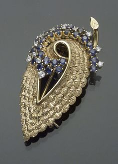 French Hallmarked 18-Karat Yellow Gold Diamond and Blue Sapphire Leaf and Floral Clip