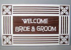 ハワイアンキルトの絵柄をボードの4隅に配置した、ハワイテイスト満点のウェルカムボード。 #ハワイアンキルト #ウェルカムボード #wood  #sign #wedding