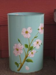painted metal trash can. I need to do this with the popcorn tin we have. Painted Tin Cans, Painted Metal, Paint Cans, Metal Projects, Fun Projects, Popcorn Tin, Cookie Tin, Arts And Crafts Furniture, Metallic Paint