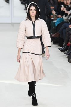 Another really great silhouette. Fitted waist/hips area with cropped jacket. ~Chanel Fall 2016 Ready-to-Wear Fashion Show