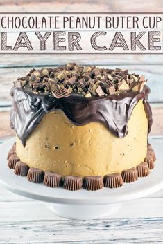 Chocolate Peanut But Chocolate Peanut Butter Cup Cake: Chocolate cake peanut butter frosting chocolate ganache peanut butter cups. This Peanut Butter Cup Cake is a chocolate and peanut butter lover's dream. {Bunsen Burner Bakery} via Best Dessert Recipes, Cupcake Recipes, Easy Desserts, Delicious Desserts, Cupcake Cakes, Keto Desserts, Cupcakes, Chocolate Peanut Butter Cups, Peanut Butter Frosting