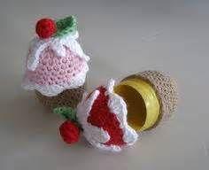 Ü- Crochet - StartPage by Ixquick Bild Suchen - confection., Crochet - StartPage by Ixquick Bild Suchen - confectionery. Crochet Food, Easter Crochet, Crochet Gifts, Crochet Baby, Knit Crochet, Egg Crafts, Yarn Crafts, Baby Ei, Handmade Crafts