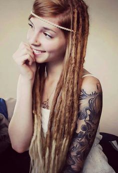 some of the prettiest dreads I've seen!!