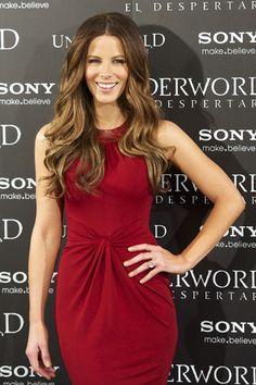 Kate Beckinsale kills it in Michael Kors