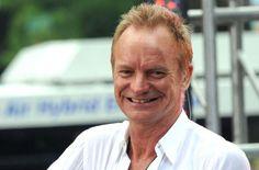 Sting, Radiohead et U2 pour la compilation d'Amnistie internationale - Article intégral http://journalmetro.com/culture/384120/sting-radiohead-et-u2-pour-la-compilation-damnistie-internationale/ #bono #u2 #music #rock