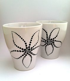 Hand-painted Modern Flower Coffee Mug - Black & White - Set from trinako on Etsy. Painted Coffee Mugs, Mug Art, Porcelain Mugs, Ceramics Projects, Ceramic Painting, Crafts To Sell, Creative Inspiration, Dollar Stores, Glass Art