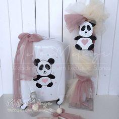 Set βάπτισης με βαλίτσα τρόλεϊ Panda (Ζωγραφισμένη στο χέρι)