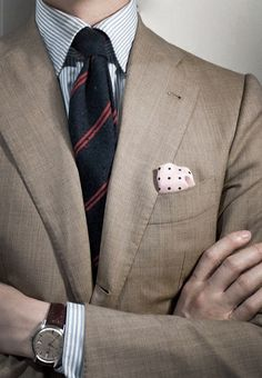 Un look que impone tanto al hombre de negocios como en la fiesta