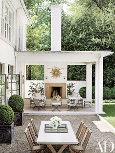 Outdoor Fireplace - Design photos, ideas and inspiration. Amazing gallery of interior design and decorating ideas of Outdoor Fireplace in decks/patios, pools by elite interior designers. Outdoor Areas, Outdoor Rooms, Outdoor Dining, Outdoor Decor, Outdoor Furniture, Outdoor Seating, Outdoor Kitchens, Outdoor Patios, Garden Furniture