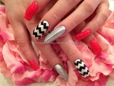 Pink+and+silver+polish+with+black+and+white+zig+zag+freehand+nail+art