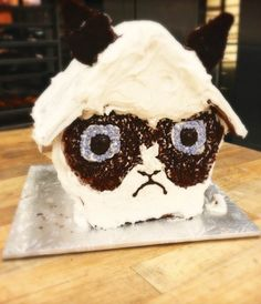 Gingerbread houses are about to get a lot grumpier. #GrumpyCat