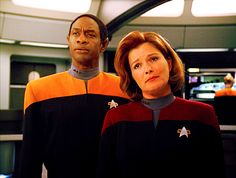 Janeway and Tuvok - Kate Mulgrew and Tim Russ - Star Trek Voyager