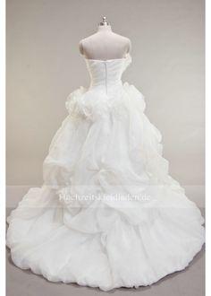 brautkleid Glamour, Victorian, Dresses, Fashion, Wedding Dresses Online, Wedding, Vestidos, Moda, Fashion Styles