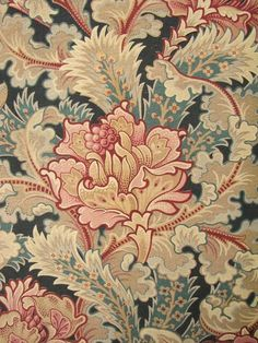 French antique fabric: tres belle
