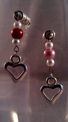 Two-Hearts Stemless Valentine Wine Glass Charms...almost makes me wish I had a date!