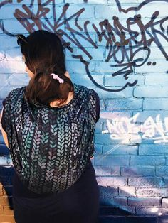 Kuvahaun tulos haulle stockinette wrap Baby Wearing Wrap, Baby Wraps, Stockinette, Beautiful Babies, Kids And Parenting, T Shirts For Women, How To Wear, Baby Carriers, Babies Clothes