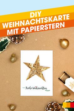 Verleiht schlichten Weihnachtskarten mit einem gefalteten Stern aus Geschenkpapier einen 3D-Effekt! Wir zeigen euch wie ihr weihnachtliche Sterne aus Geschenkpapier ganz einfach selbst falten könnt. Advent, 3d, Present Wrapping, Christmas Time, Xmas Cards, Christmas, Simple, Tips, Gifts