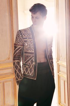 Balmain Menswear F/W 2013. I've got to get myself an elaborate coat like this, I find the D F/W 2012 coats to be something more in tune with my 'ideal' coat.