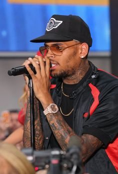 Chris Brown Chris Brown performs on NBC's 'Today' at the NBC's TODAY Show on August 30, 2013 in New York, New York.