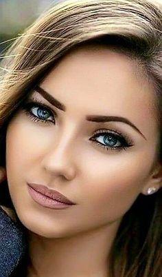 All Beautiful Women Most Beautiful Faces, Beautiful Girl Image, Stunning Eyes, Gorgeous Eyes, Pretty Eyes, Beautiful Women, Beautiful Clothes, Girl Face, Woman Face