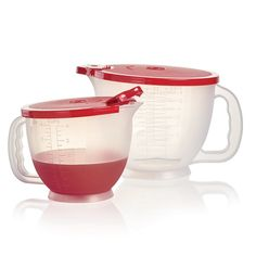 Classic Mix-N-Stor® Pitchers:          Includes Classic Mix-N-Stor® Large and Small Pitchers   4-cup/1 L and 8-cup/2 L pitchers with etched measurements  Features handle and cover with flip-top pour spout  Dishwasher safe  Limited Lifetime Warranty      Item:10131215000