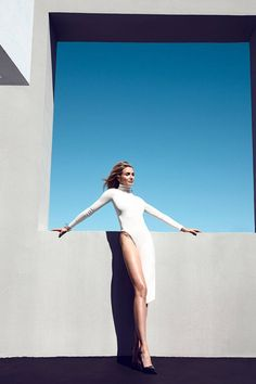 Cameron Diaz stuns on the cover of BAZAAR's August issue; see all the photos now!