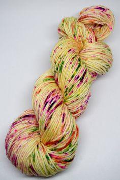 hand dyed yarn, hand painted yarn, handpainted yarn, superwash merino yarn, kettle dyed yarn, dk weight, speckled yarn, speckles, yellow