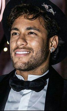 Neymar Jr, Neymar Brazil, Sexy Men, Hair Beauty, Husband, Football, Nice, Celebrities, Soccer