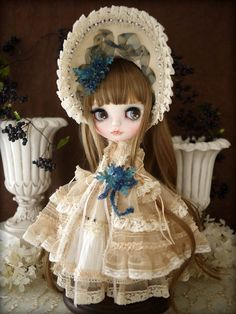 Custom blythe - Bristol blue by Milk Tea