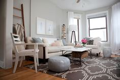 Colors and couch/chair/coffee table arrangement