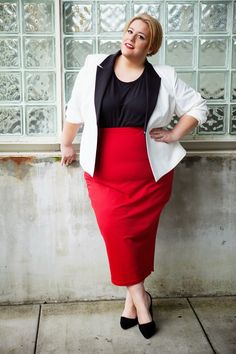 30PlusCurves 30 Something Style OOTD Featuring SimplyBe on a Size 26/28 Plus Size Fashion Blogger Body Jessica Kane