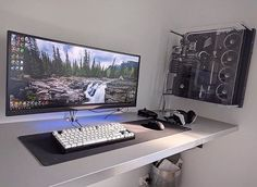 I'm in love with that of case! Need to step up my PC and setup game up! ••••••••••••••••••••••••••••••••••••••••••••••••• #setup #dreamsetup #workstation #battlestation #workspace #pcgaming #deskspace #desksetup #gaming #game #gamer #gamingsetup #pc #pcmasterrace #computer #technology #clean #pcgaming101 #interior #apple #interiordesign #dreamroom #style #interiordecor #goodvibes #instagood #design #trademarkedsetups #inspiration #f4f #apple