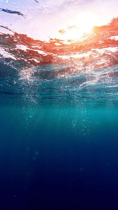 Dreamy Underwater Bubbles Sun Light iPhone 6+ HD Wallpaper